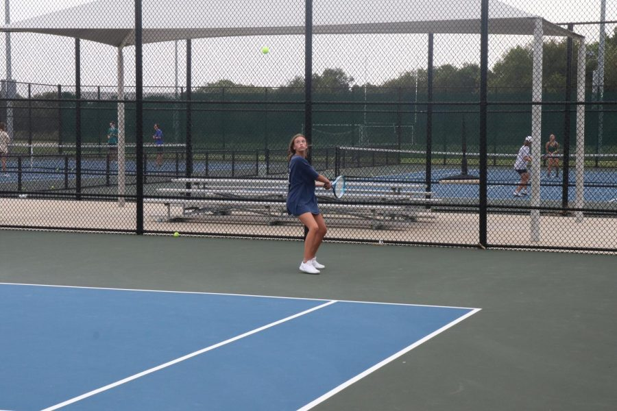 Freshmen Hits Her Way Into Varsity Tennis